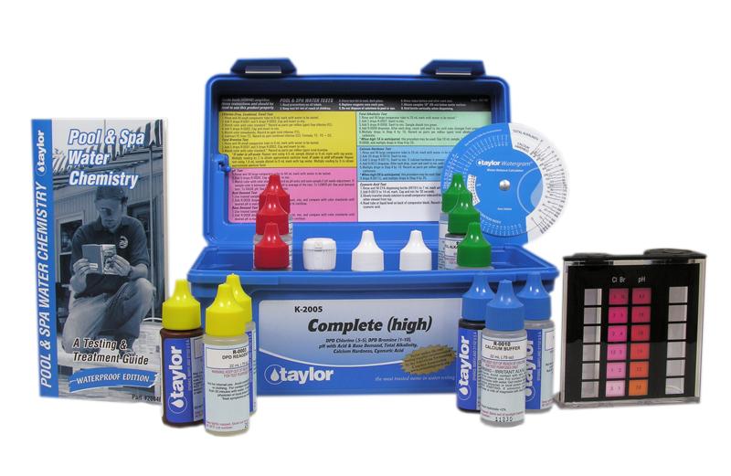 Taylor DPD Complete Test Kit K-2005